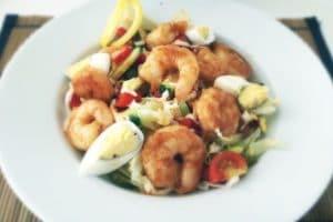 low-carb-spicy-prawns-salad