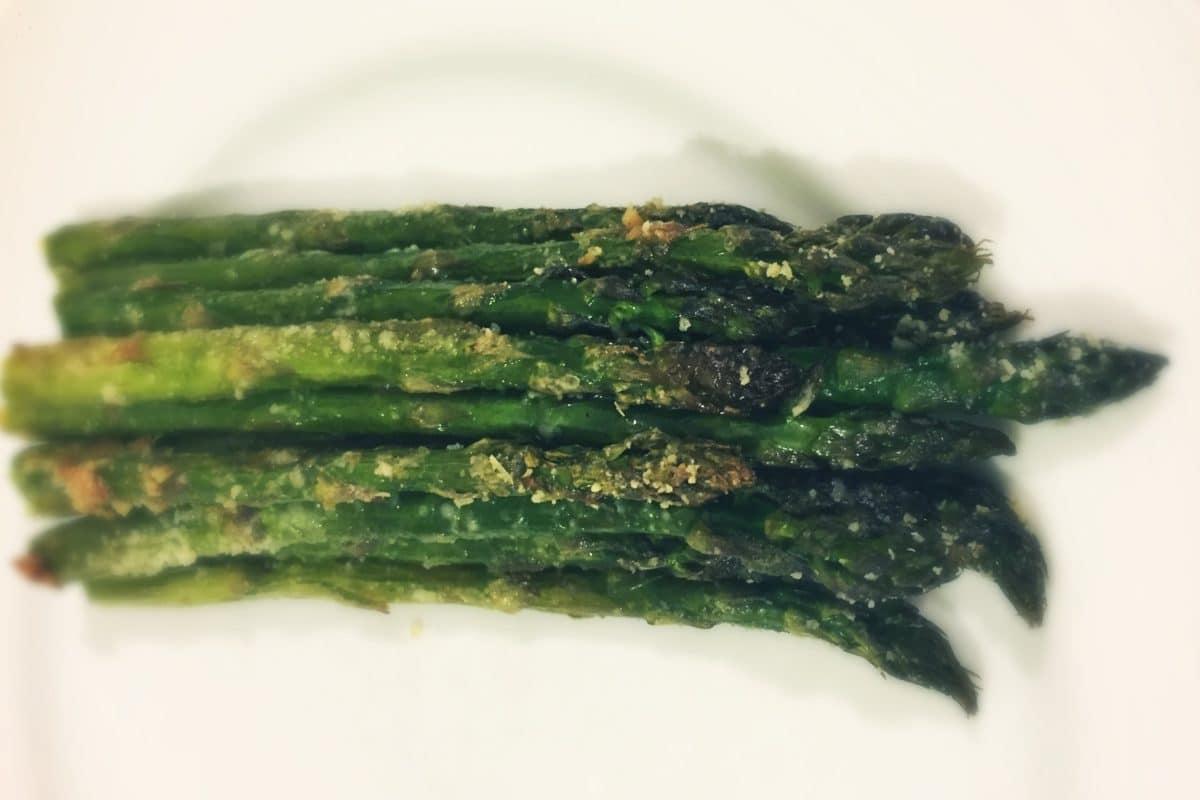 roasted-parmesan-asparagus