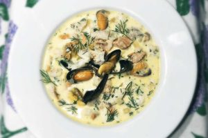 Low Carb Seafood Chowder
